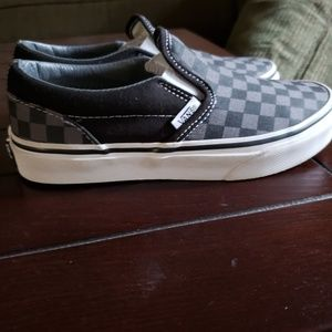 Size 2 youth vans